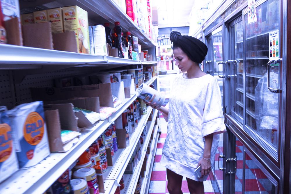Turban Rétro Païna Pulz à New York au supermarket