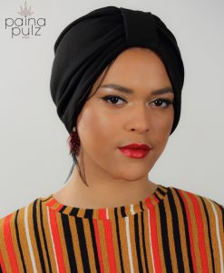 Païnita adepte de volume, nous avons trouvé le turban qu'il te faut. Le Daily Turban Black.