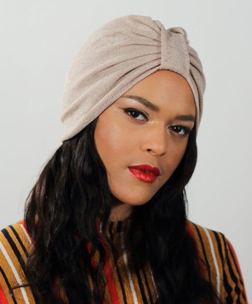 Le Dandy Beige, le turban glamour par excellence !